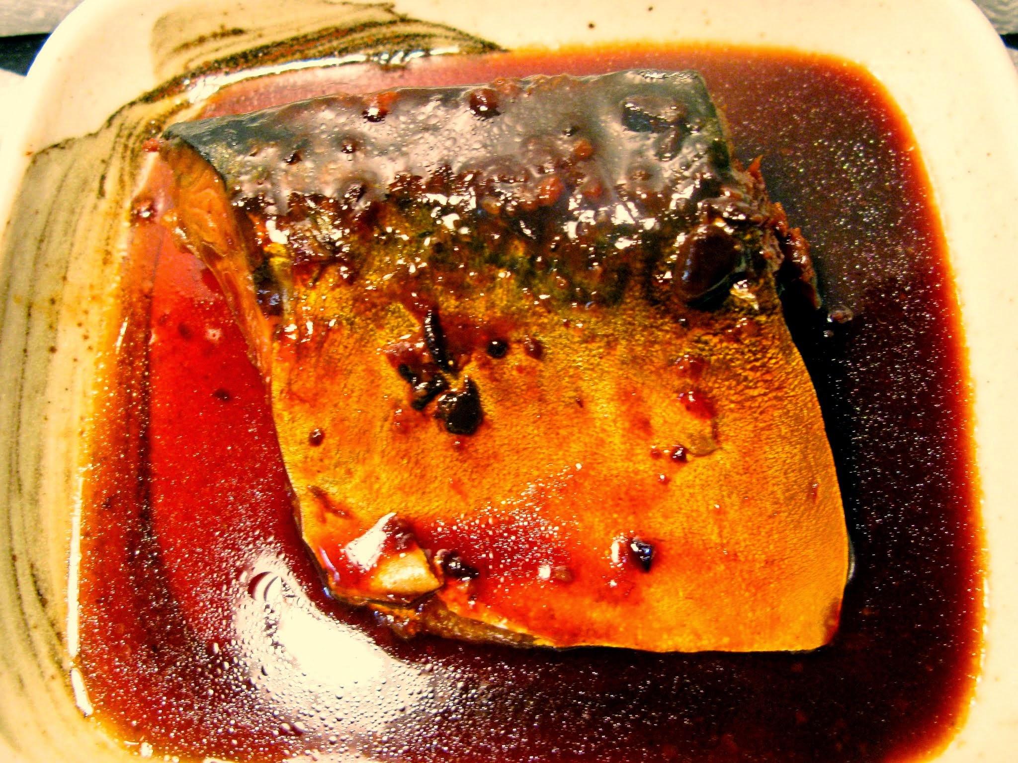伊豆の田舎みそが隠し味!サバの味噌煮