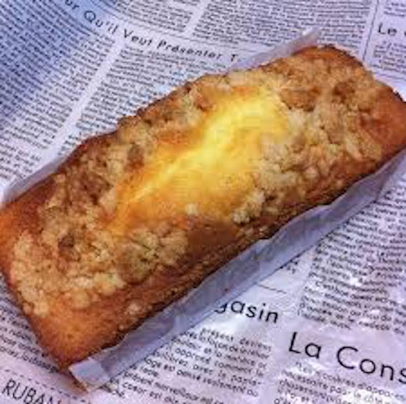 バニラベースの生地に焼きあげた こだわりのパウンドケーキ