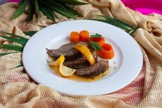 キューバの絶品肉料理(ローストポーク)